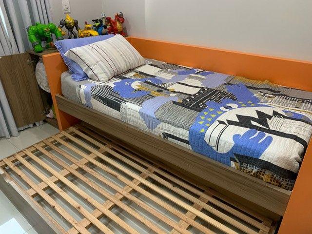 Cama com colchao tamanho 1x1,98, cama auxiliar, com painel para TV   - Foto 2