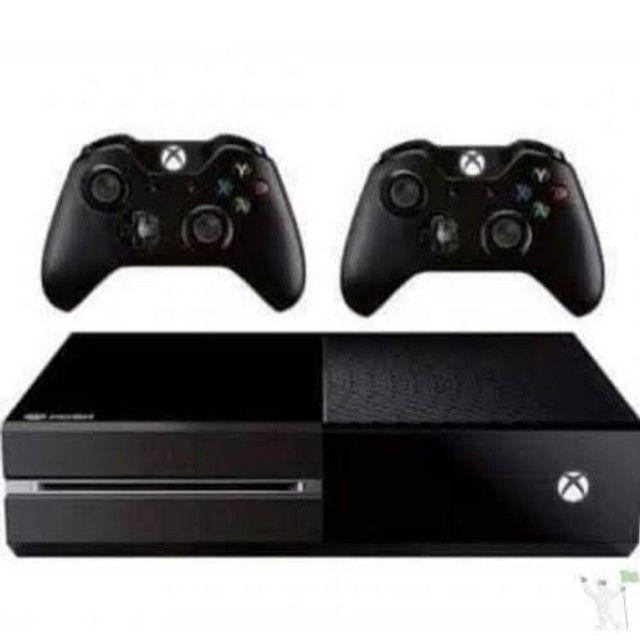 Xbox one fat + 2 controles + Brinde 5 jogos originais