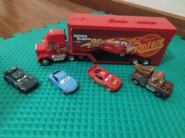 Coleção Carros - Caminhão e Personagens