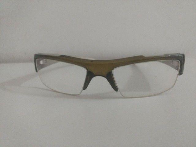 O óculos Mormaii 6 mês