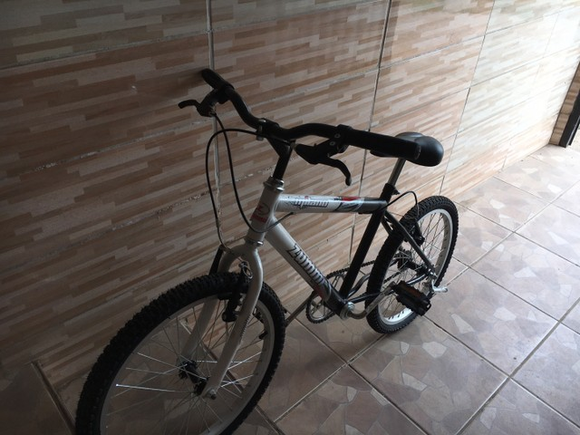 Bicicleta zummi nova! Nunca usada ( infantil ) - Foto 6