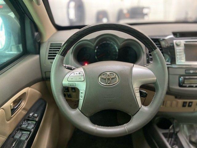 Hilux SW4 SRV D4-D 4x4 3.0 TDI diesel aut.  7 LUGARES 2013 BLINDADO - Foto 10