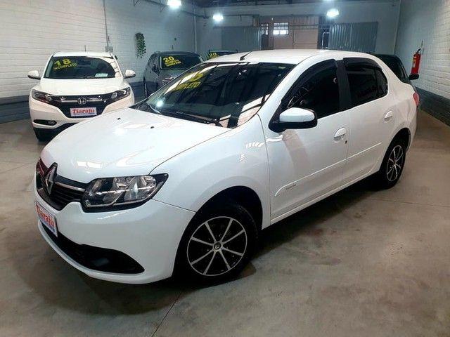 Renault LOGAN EXPRESSION 1.6 8V 4P - Foto 3