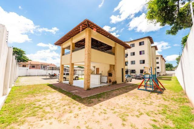 Apartamento no bairro Henrique Jorge com 3 quartos, garagem, playground - Foto 2