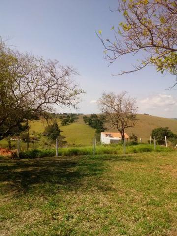Sítio 3.500 m² com casa de 130 m² em Guararema - Foto 5