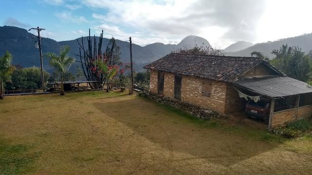 Belíssimo sítio em Pedra Aguda - Bom Jardim - RJ - Foto 8