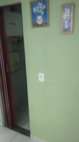 Excelente casa com sala 02 dormitórios condições de ampliar - Foto 7