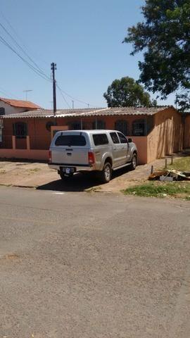 QNG 23 Casa com 7 kits alugadas mais pode construir um prédio no lote só 550mil - Foto 5