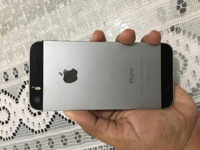 Vendo Celular iPhone 5s 16GB - Foto 2