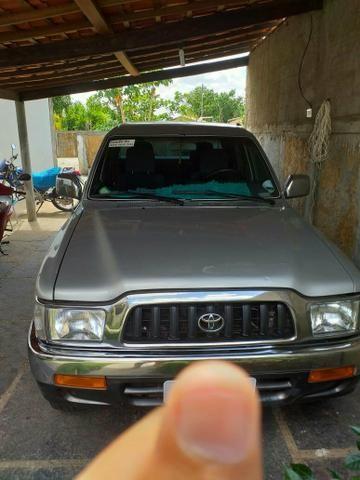Vendo uma ano 2003 hilux 3.0-TD diesel - Foto 3