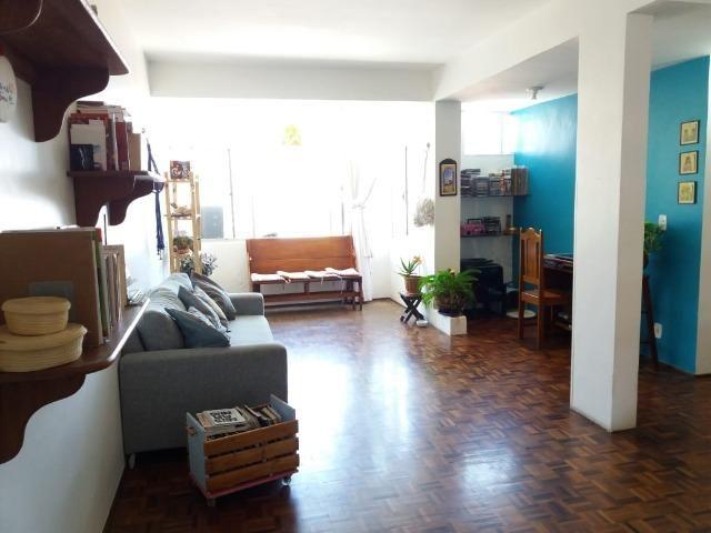 Apartamento de 2 quartos no Meireles