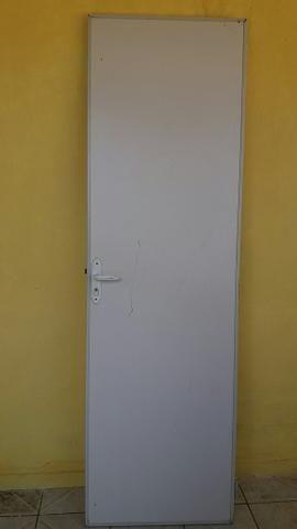 Porta de divisoria de 2,7 de altura e 63cm de largura