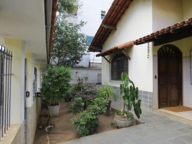 Casa linear com 5 qts, 2suítes, 2vgs - Foto 2