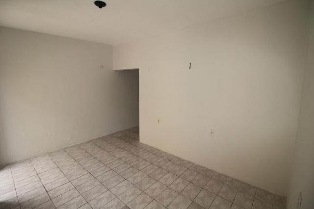 Casa para alugar com 2 dormitórios em Benfica, Fortaleza cod:CA0063 - Foto 5