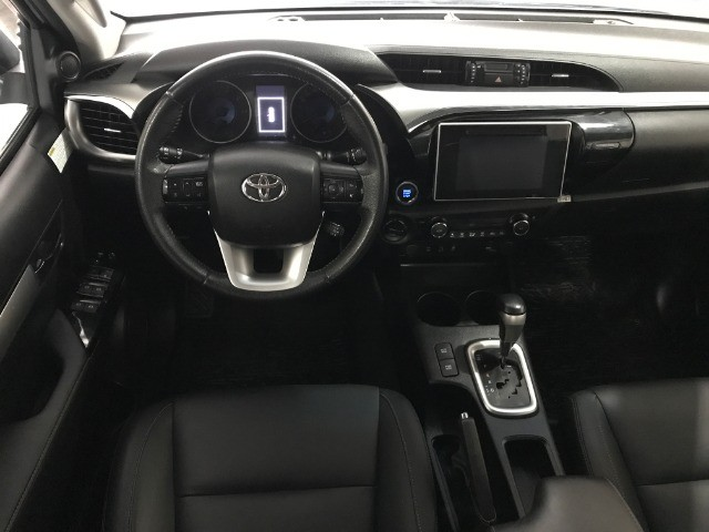 Hilux SRX 4x4 Aut. Diesel 2018 - Foto 11
