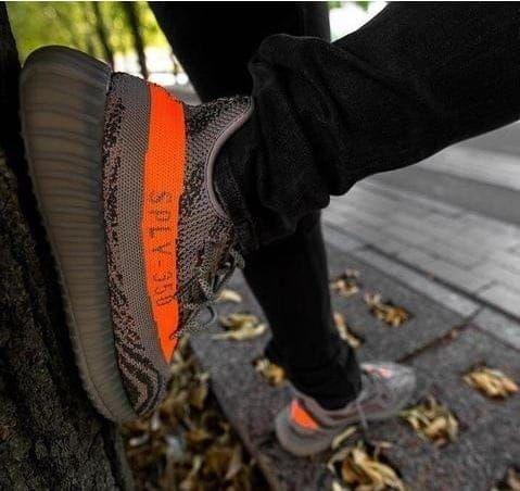 Adidas Yezzy Boost v2 Importado