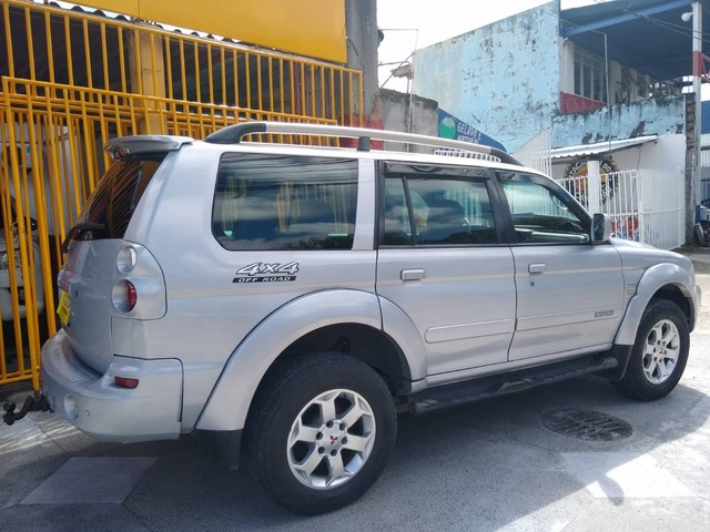 PAJERO SPORT 2010/2010 3.5 HPE 4X4 V6 24V FLEX 4P AUTOMÁTICO - Foto 2