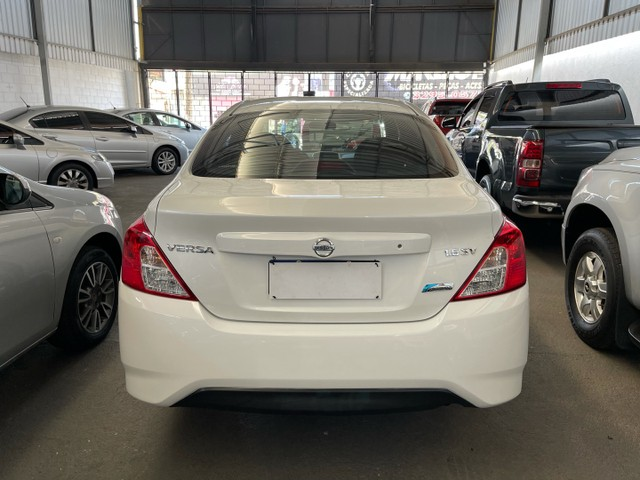 Nissan Versa 2018 SV 1.6 CVT flex automático  - Foto 3