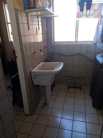 Ed. Luanda II, 96 m2, três quartos sendo um suíte, uma vaga de garagem - Foto 4