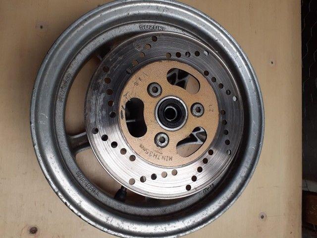 Roda de murgmam e carburador  - Foto 2