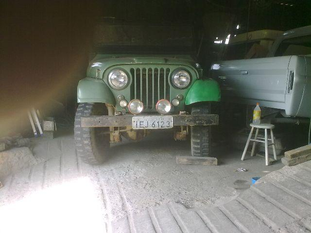 JEEP FORD WILLYS 1982