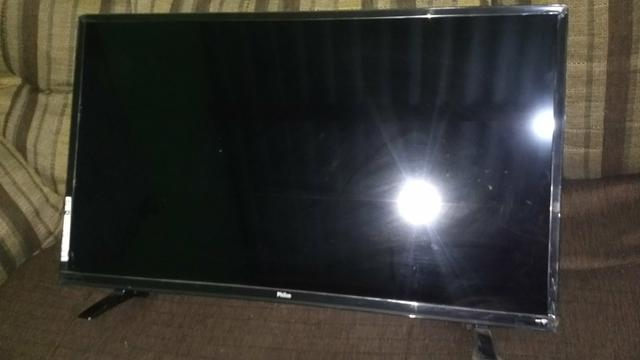 Smart tv philco 1,100 reais