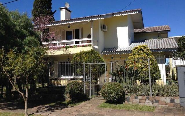 (Oportunidade) Casa no Bairro Saint Etienne, 5 quartos sendo um suite