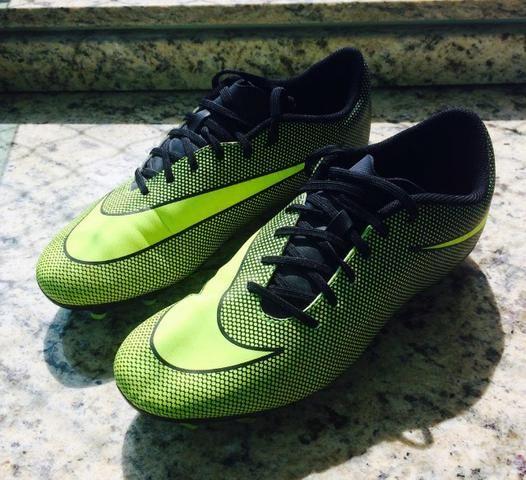 defd8882cd Chuteira Campo Nike Bravata II FG - Amarelo e Preto Semi-Nova ...