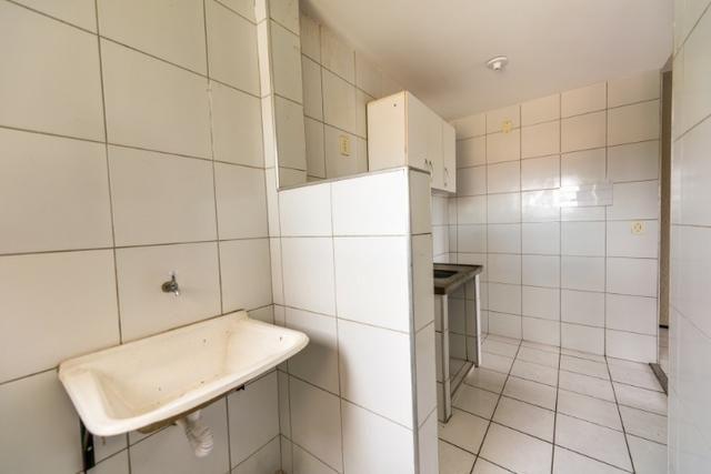 Apartamento 3 quartos na Maraponga - piscina, salão de festas, playground - Foto 8