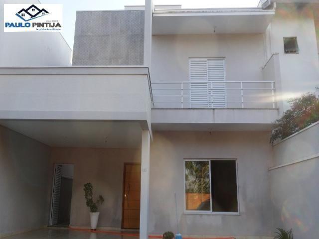 Sobrado com 3 suítes (1 com closet) condomínio villagio de itaici