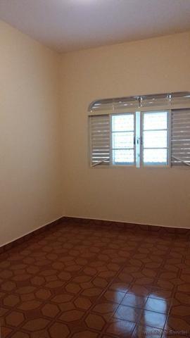 Casa em Cravinhos - Casa com Piscina e 03 dormitórios no Centro de Cravinhos - Foto 6