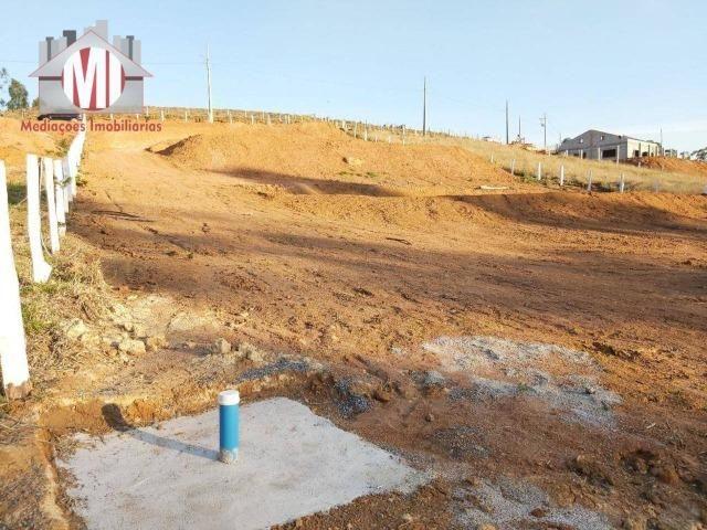 Lindo terreno com escritura, poço semi-artesiano e energia elétrica em Pedra Bela - Foto 8