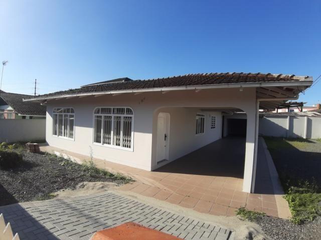 Casa para alugar com 3 dormitórios em Costa e silva, Joinville cod:70175.003