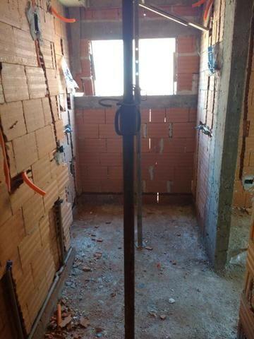 F-SO0446 Sobrado com 3 dormitórios à venda, 131 m² por R$ 690.000 - Uberaba - Foto 2