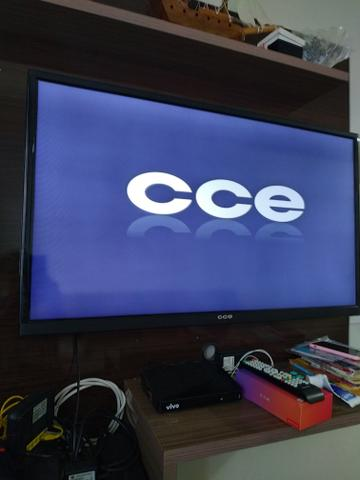 Tv cce 40""