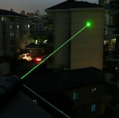 Laser pointer verde Caneta Laser Bem Forte - Foto 2