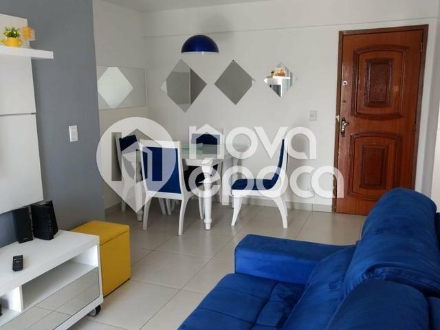 Apartamento à venda com 2 dormitórios cod:BO2AP31055