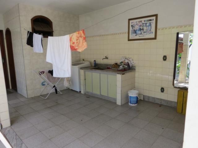 Casa linear com 5 qts, 2suítes, 2vgs - Foto 17