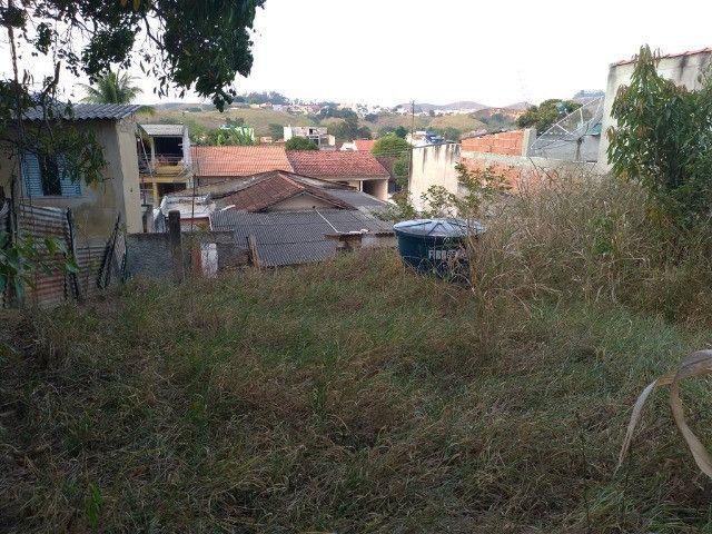 Vendo Casa no Bairro Casa de Pedra, 369 m² - Foto 4