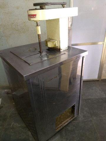 Máquina de fabricar sorvete e picolé
