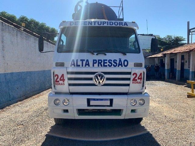 Caminhão Limpa Fossa E Hidrojato De 16 000 Litros - Foto 9