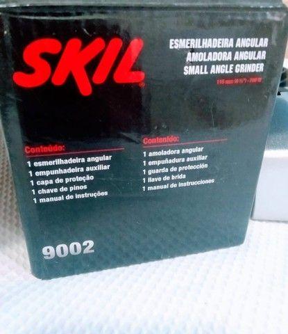 Esmerilhadeira angular Skil 9004 de 50Hz/60Hz preta 220V - Foto 3