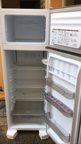 Refrigerador Esmaltec RCD34 Branco - 276 L - Foto 2