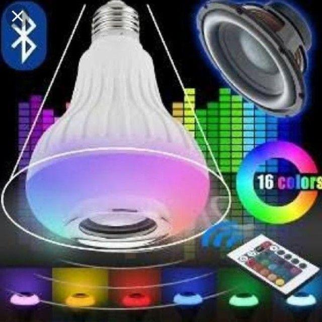 Lâmpada Led RGB com Caixa de Som Ideal Para Decorar Ambiente