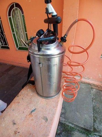 Pulverizador Inox Guarany 8 litros com kit. - Foto 3