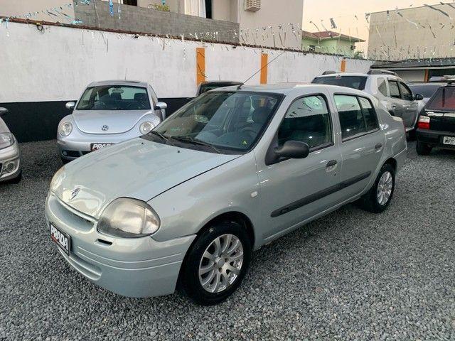 Renault Clio Sedan 1.6 Gasolina Manual 2002