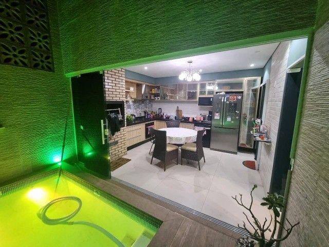 Linda Casa 3/4 ampliada com piscina condomínio Rubi - Foto 15