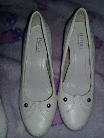 Sapatos branco n.35/36 - Foto 2