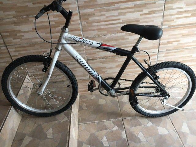 Bicicleta zummi nova! Nunca usada ( infantil )