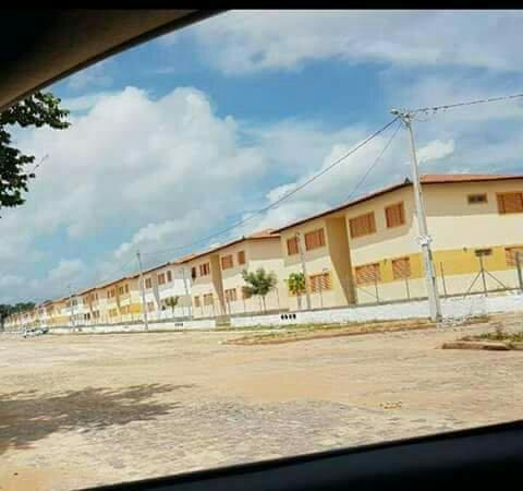 Vendo um apartamento novo na avenida principal do residencial judite nunes